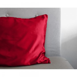 Beauty Skin Care Pillowcase Red